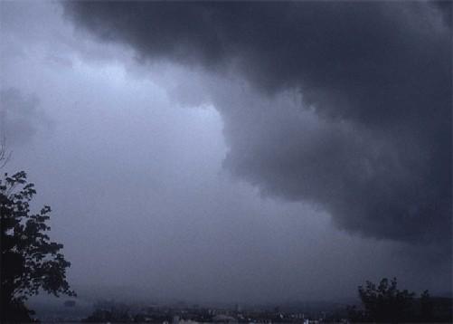 rain-in-uttarakhand-1435300360