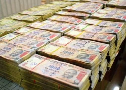 balck-money-1428310560