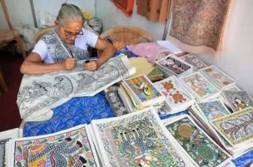 पेंटिंग के साथ जगद्मबा देवी