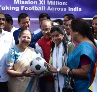 The Speaker, Lok Sabha, Smt. Sumitra Mahajan presented the footballs to Members of Parliament as part of the Mass Awareness Programme launched by the Ministry of Youth Affairs and Sports to reach out to XI Million Children to create football fever across the country, at Parliament House, in New Delhi on March 28, 2017. The Minister of State for Youth Affairs and Sports (I/C), Water Resources, River Development and Ganga Rejuvenation, Shri Vijay Goel is also seen.