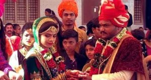 Hardik patel with wife kinjal
