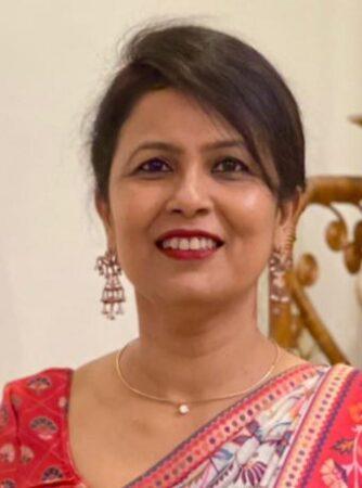 Dr Ratna Amrit